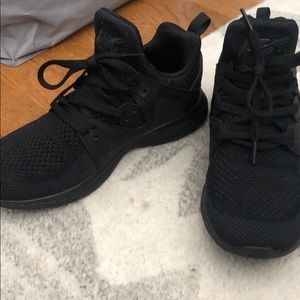 APL Ascend All Black Shoes. Like new!